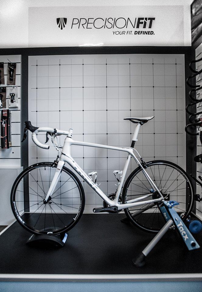 PrecisionFit - Salon rowerowy Naszosie Warszawa